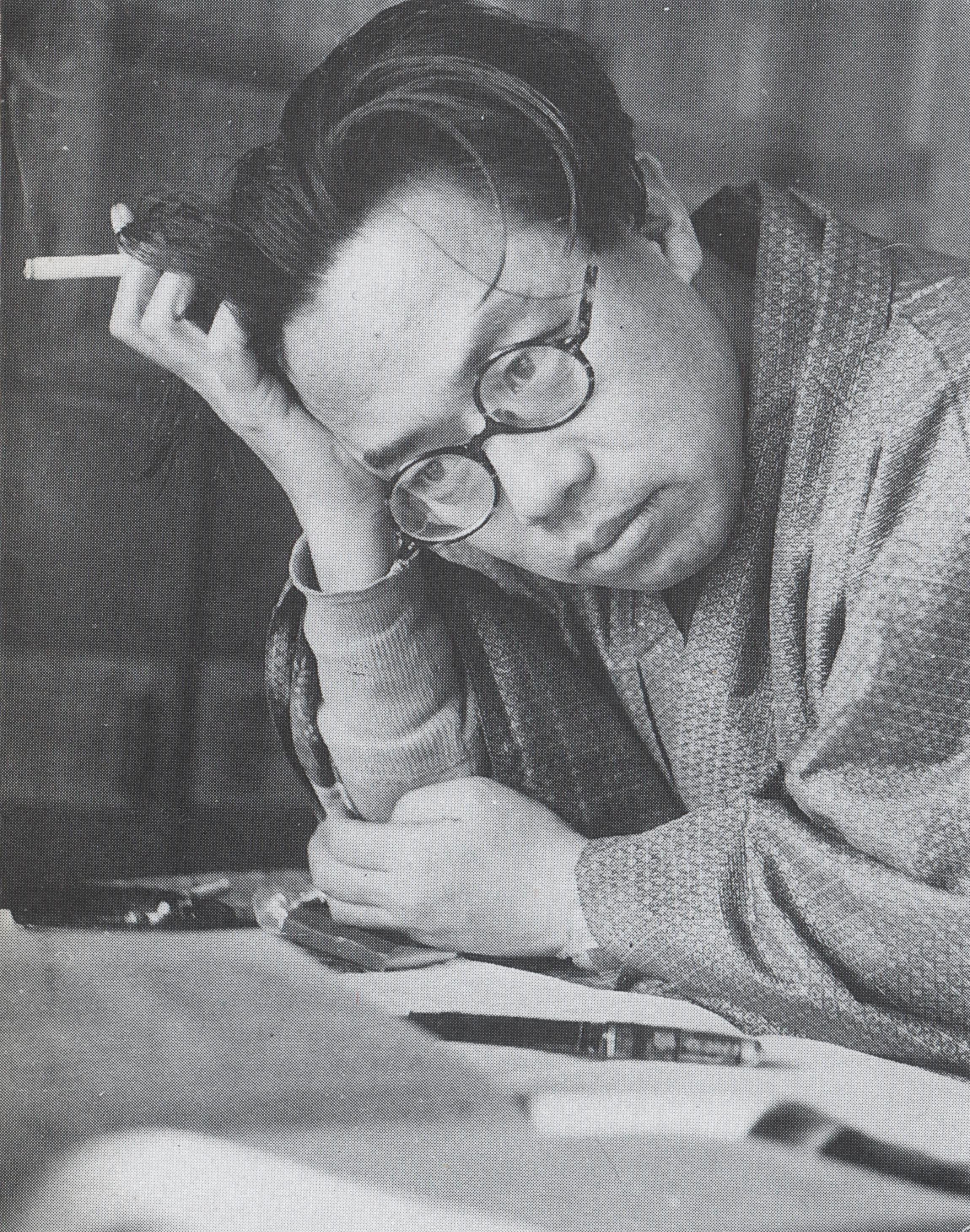 四十六岁的松本清张,摄于1955年。(网络图片)