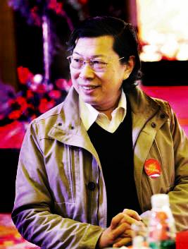 广西师范大学出版社集团原董事长何林夏。(网络图片)